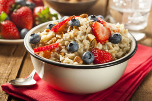 berries and honey oatmeal recipe